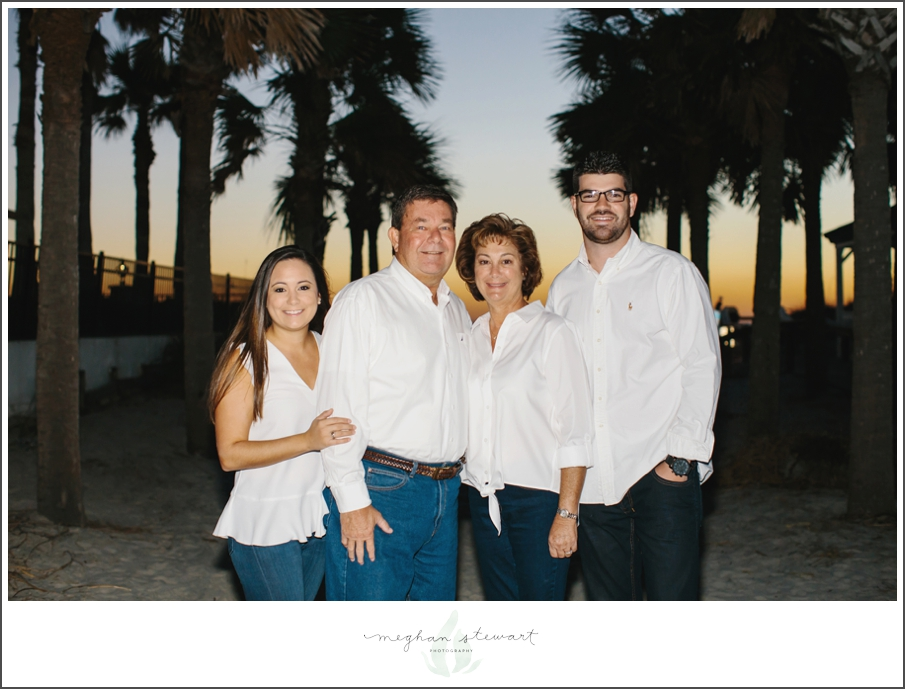 Meghan-Stewart-Photography-Jacksonville-Beach-Family-Session_0001.jpg
