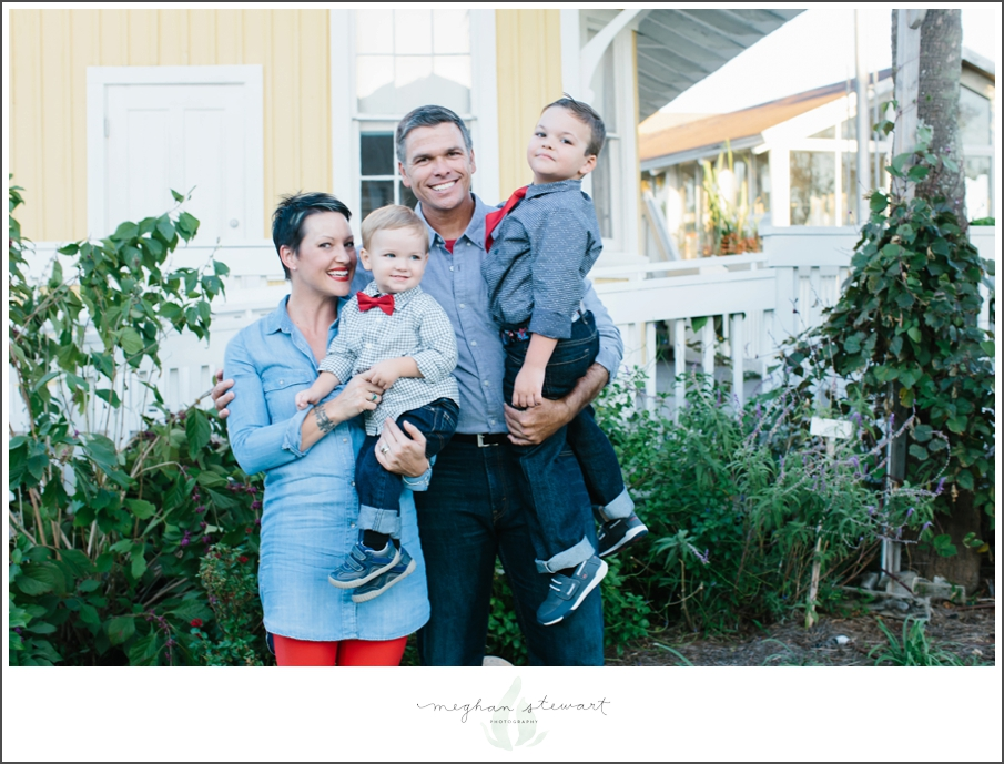 Meghan-Stewart-Photography-Jacksonville-Beach-Family-Session_0022.jpg