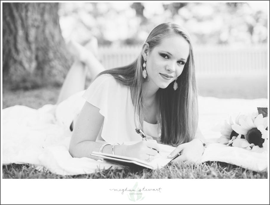 Meghan-Stewart-Photography-Atlanta-Senior-Photographer-Peachtree-City-Senior-Photographer_0005.jpg